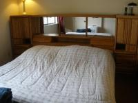 $400 King Size Oak Headboard with Mirrors Cabinets Drawers ...