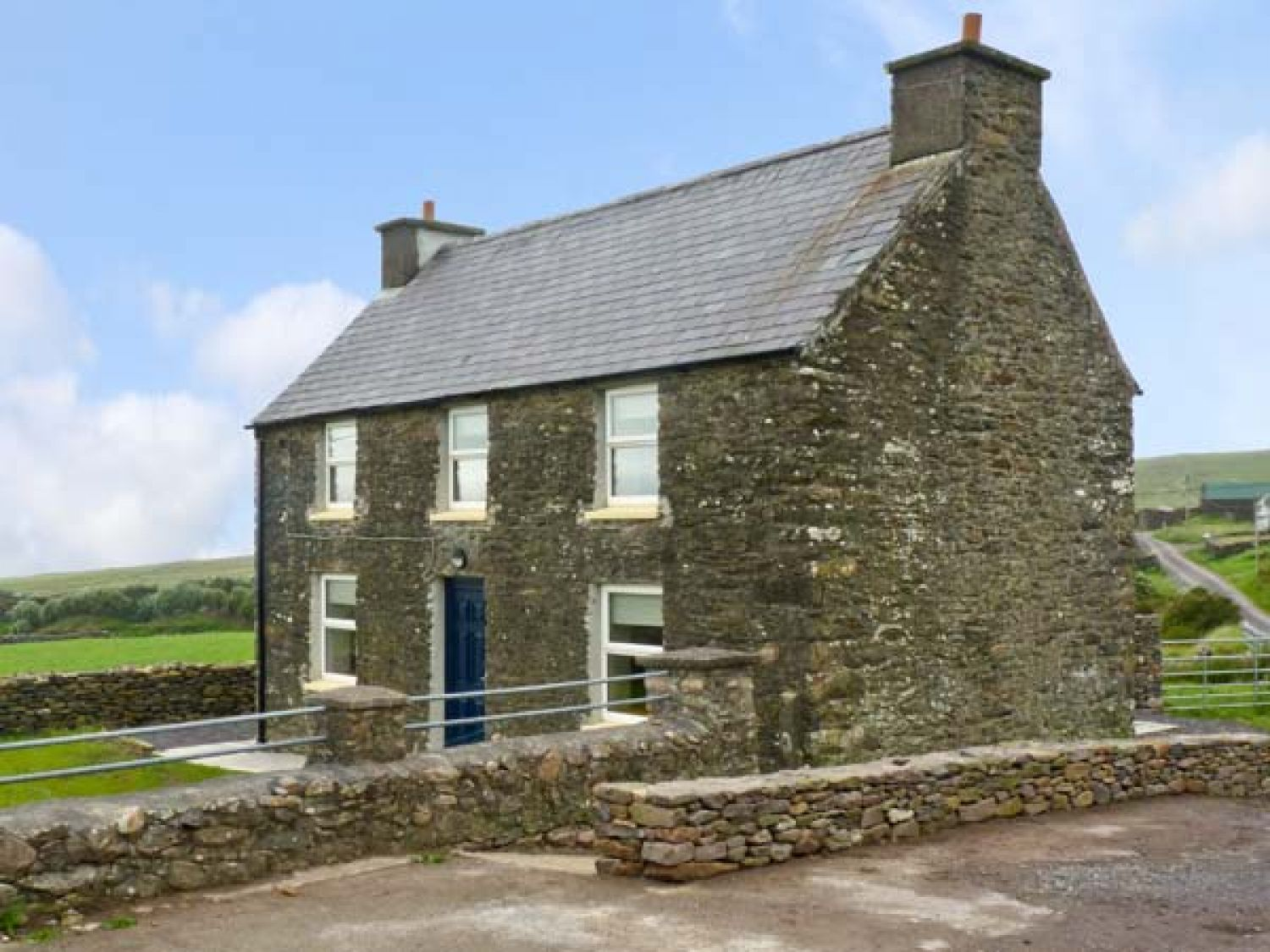 Irish Stone Houses Stone Cottage Ballydavid County Kerry Tiduff Self