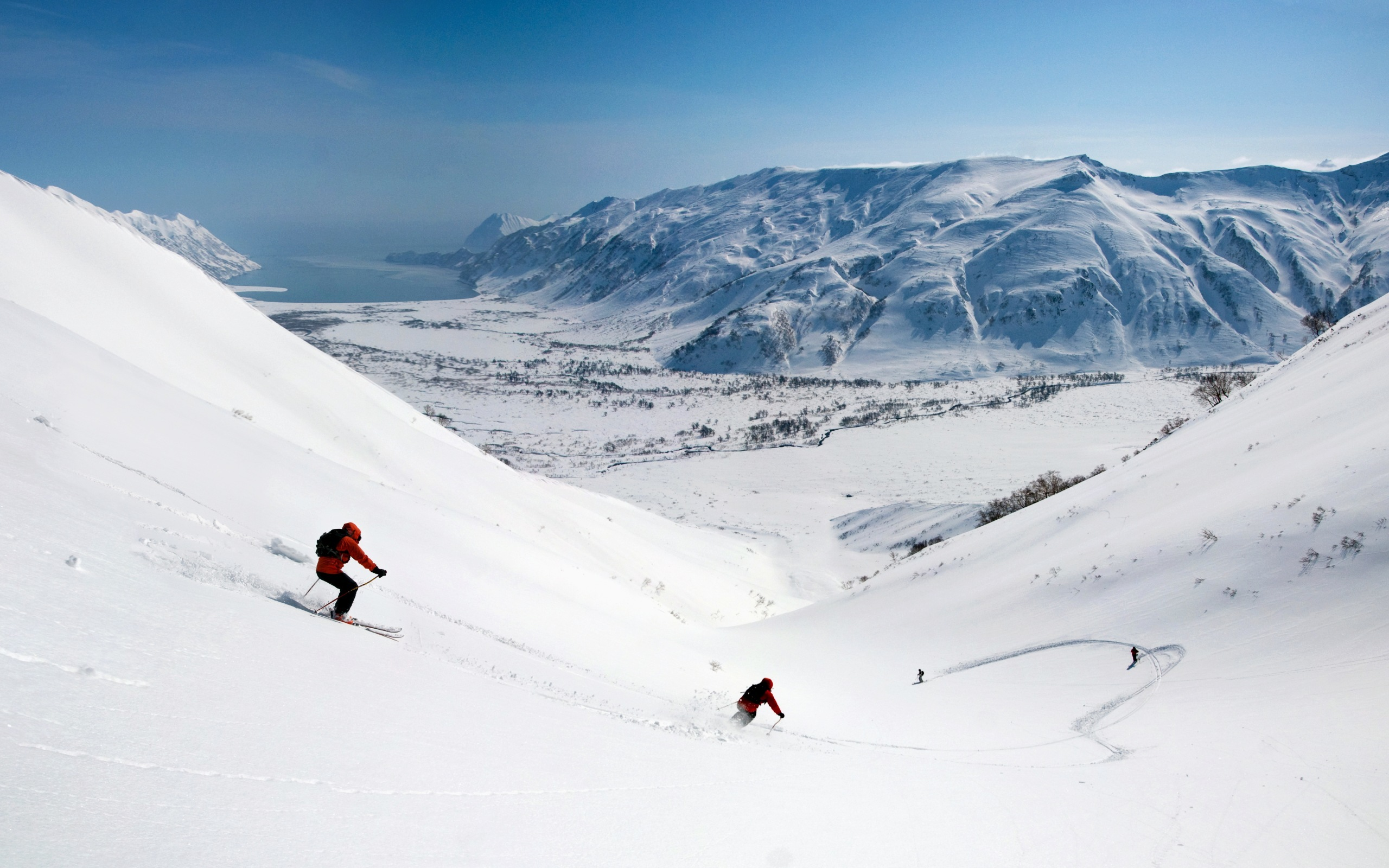 Skiing Wallpaper Skiing Hd Wallpaper Background Image 2560x1600 Id 230612