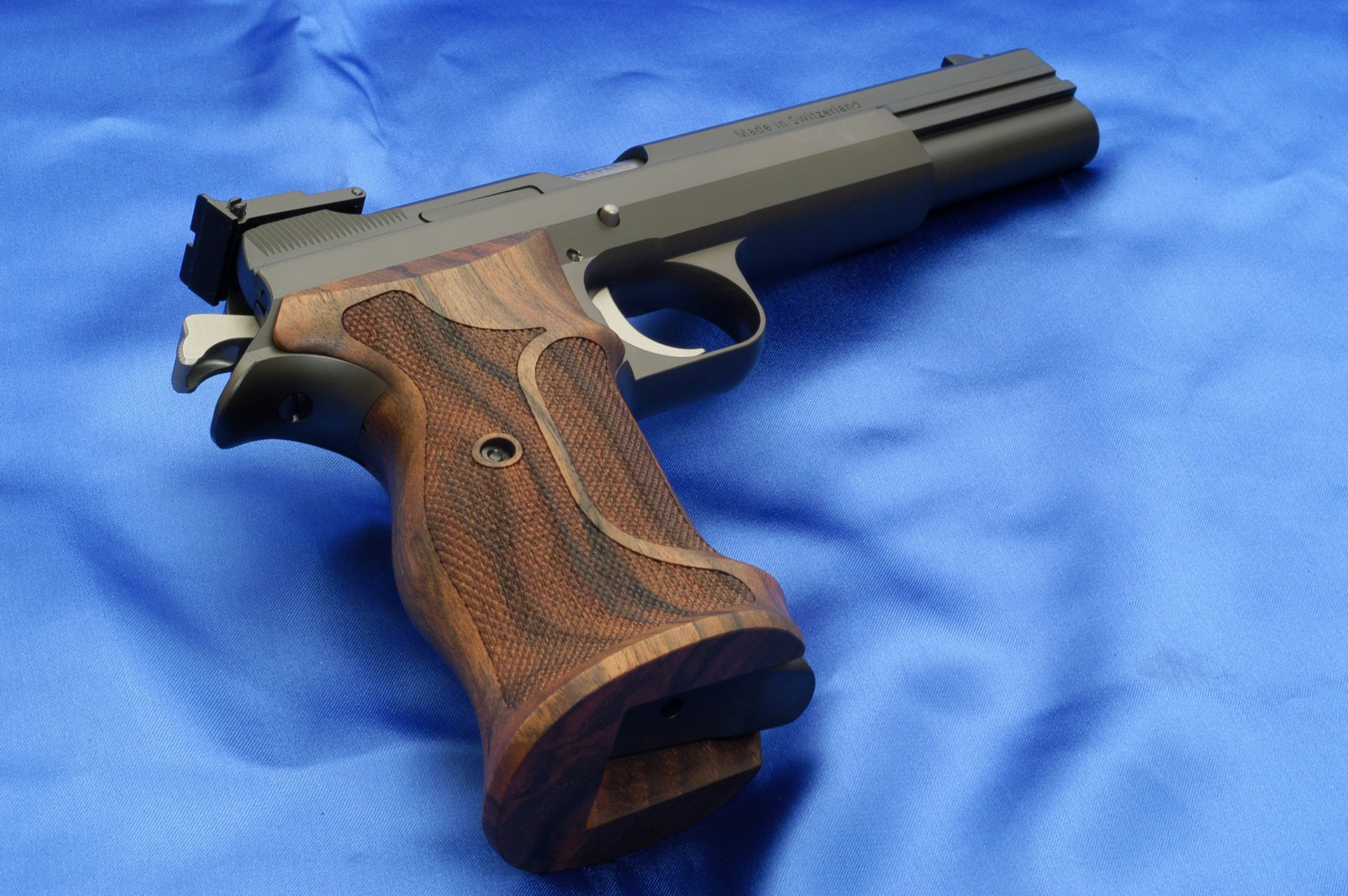 Sig Sauer Iphone Wallpaper Sig Sauer P210 Pistol Full Hd Wallpaper And Background
