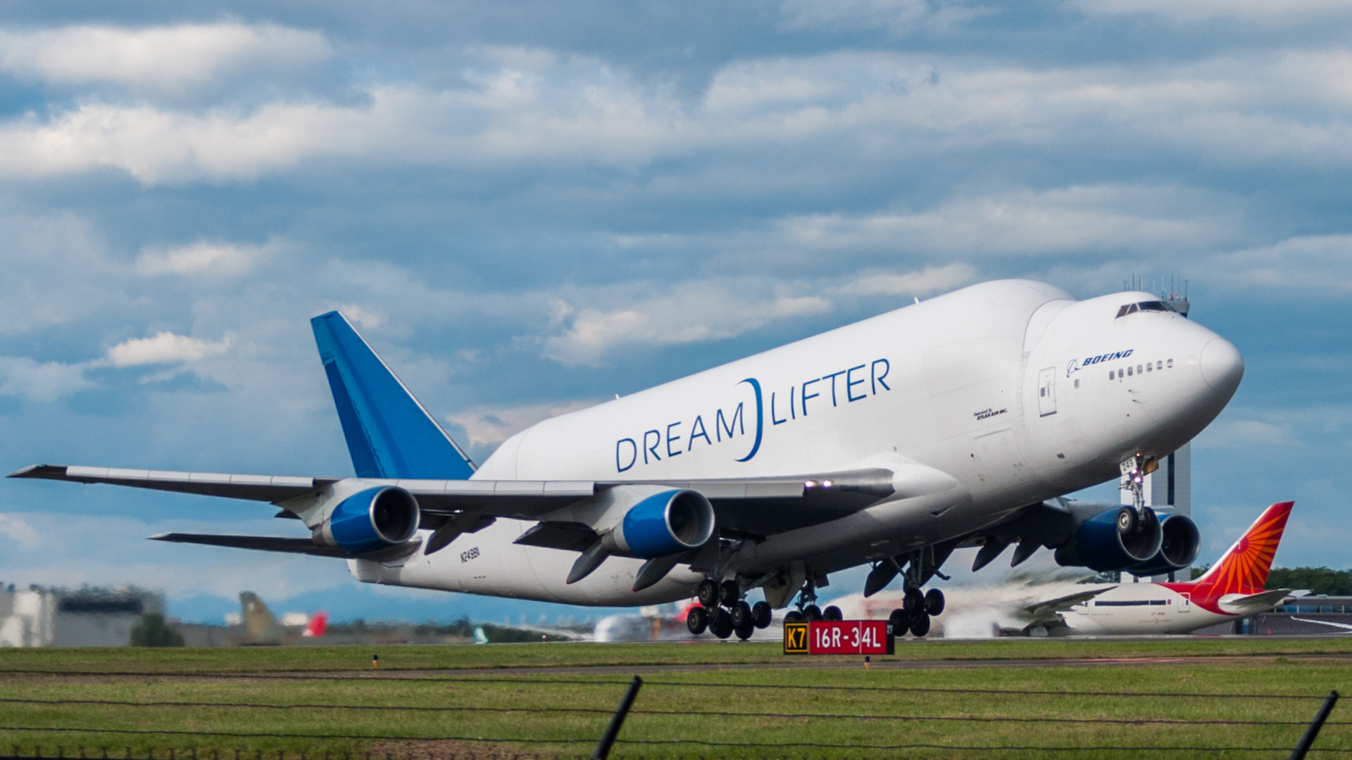 A380 Wallpaper Hd Boeing Dreamlifter Full Hd Wallpaper And Background Image