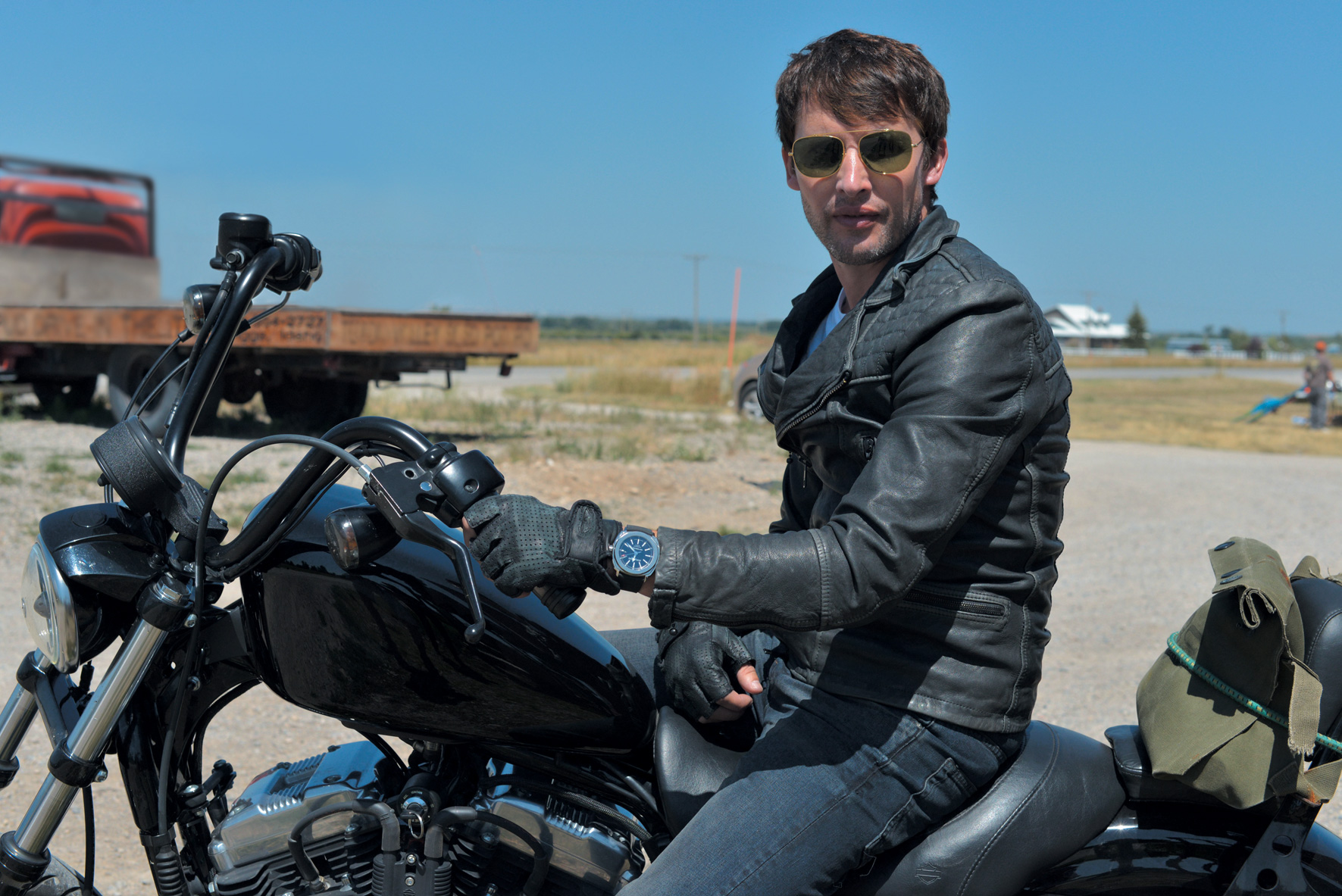 Royal Enfield Hd Wallpapers 5 James Blunt Hd Wallpapers Backgrounds Wallpaper Abyss