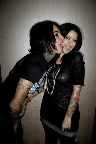 Falling In Reverse Live Wallpaper 1000 Images About Ronnie Radke