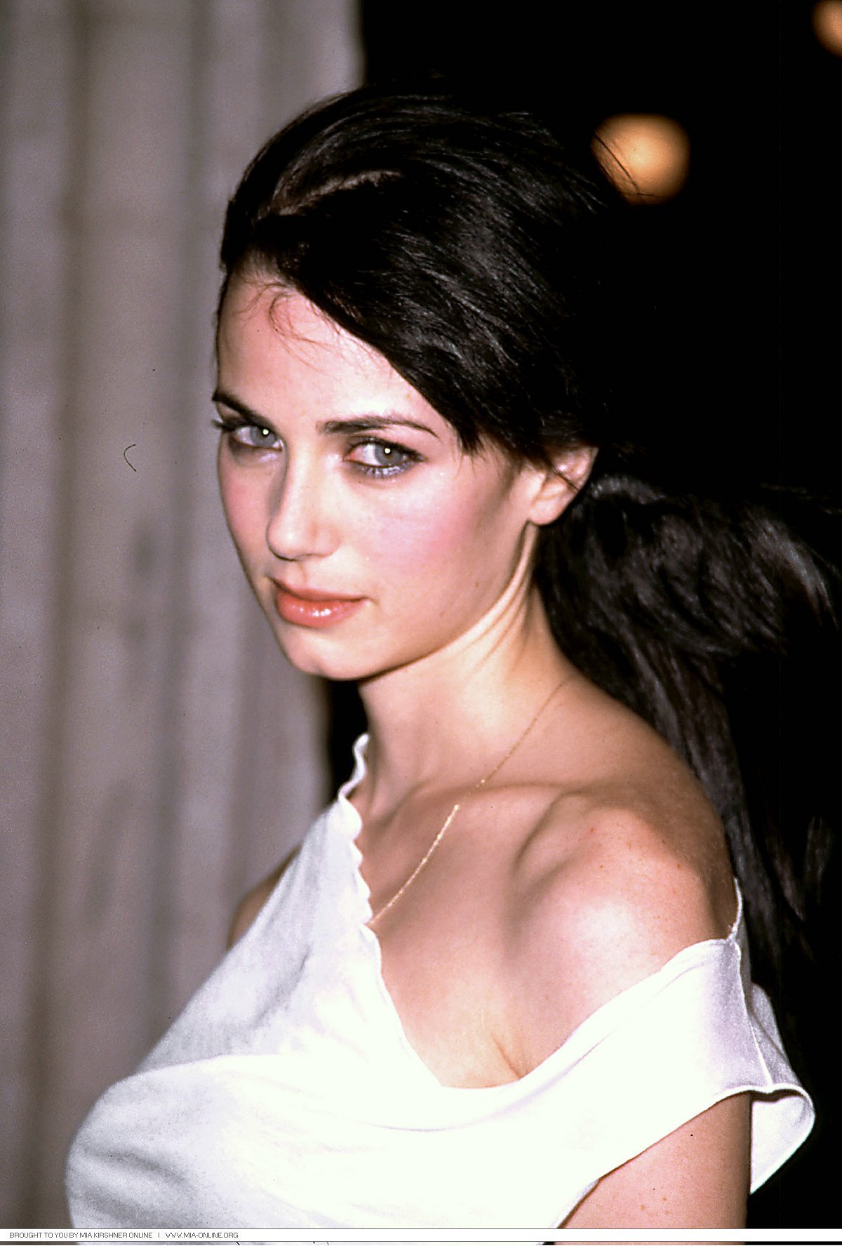 Bett Dahlia Mia Kirshner Images Mia Hd Wallpaper And Background Photos