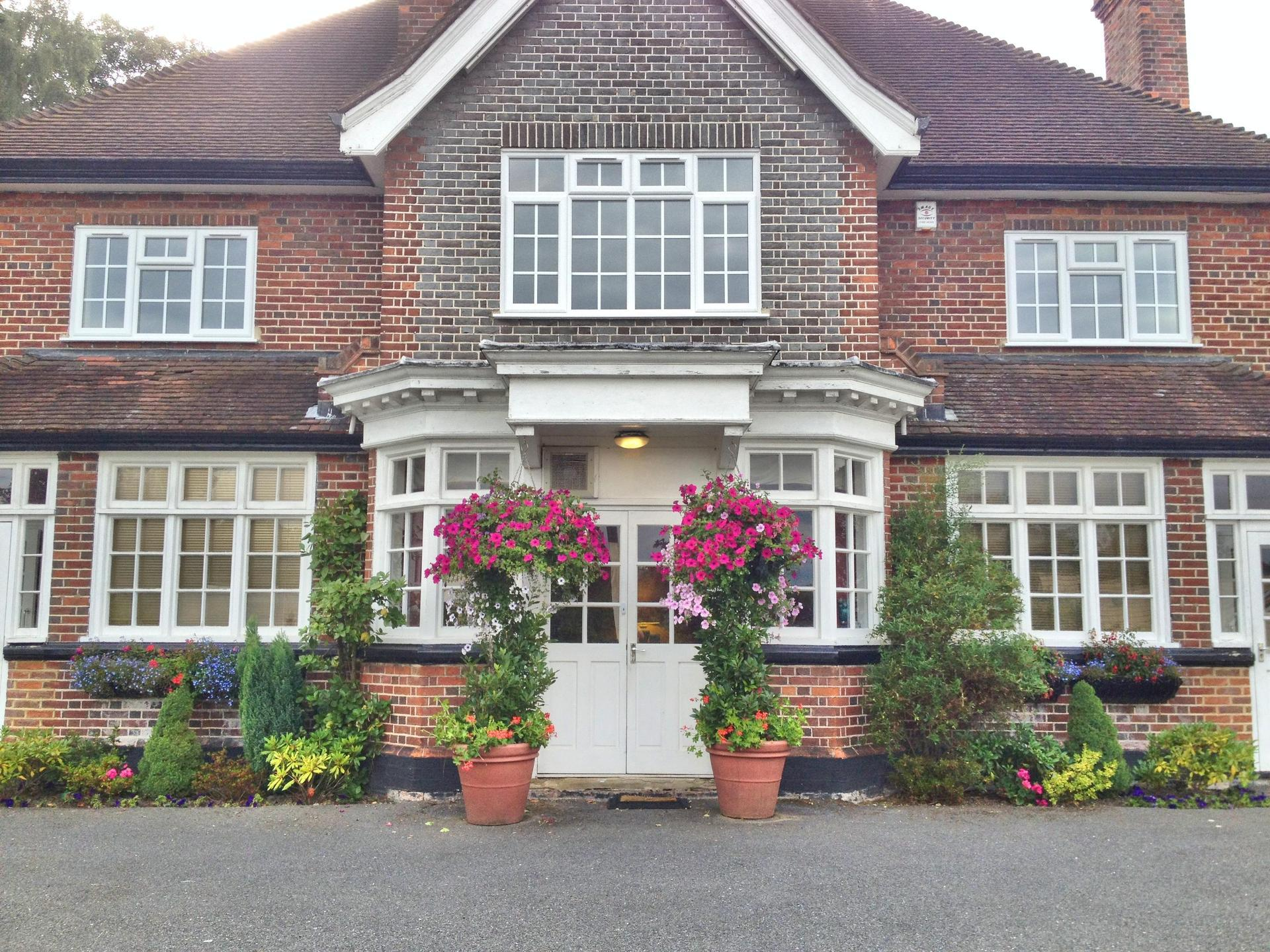 Bed And Breakfast Surrey Hotels In Greater London Hotels And B Andbs