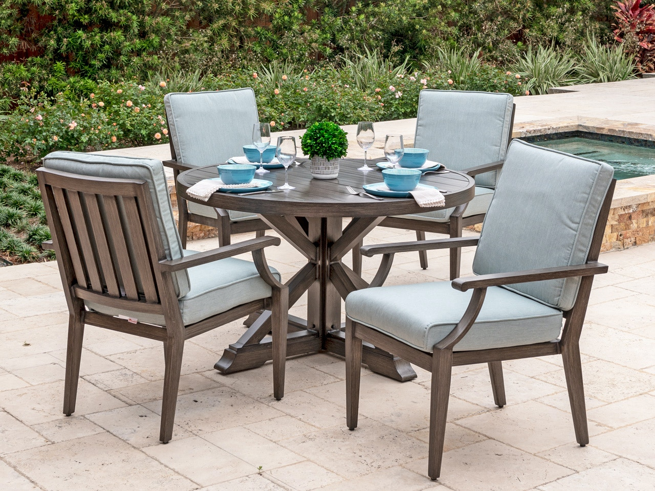 Living Room Monaco Weathered Teak Aluminum And Cast Mist Cushion 5 Pc Dining Set With 48 In