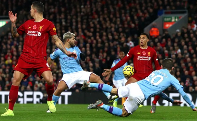 Man City Legend Vincent Kompany Slams Var Decision To Not Award Penalty Against Liverpool Ht Media
