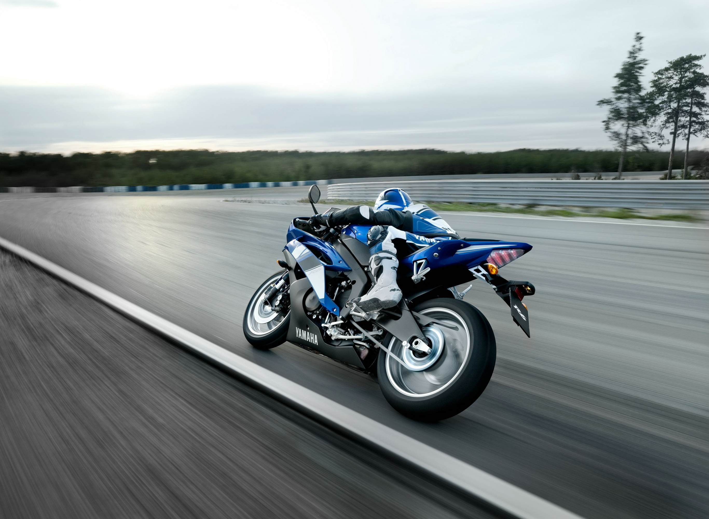 Bike Racing Wallpaper Hd 42 Motorcycle Racing Hd Wallpapers Background Images