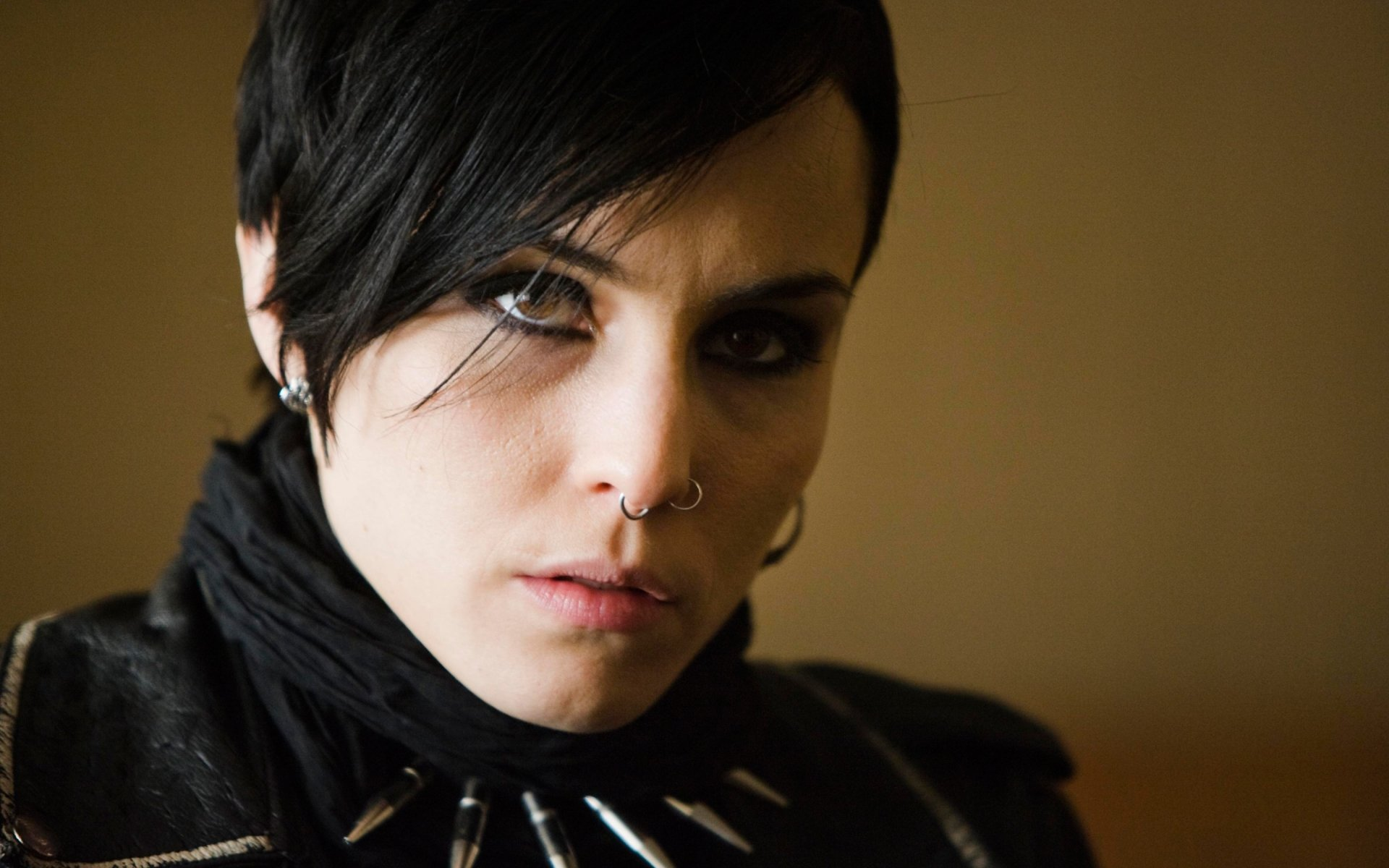 Girl With The Dragon Tattoo Iphone Wallpaper The Girl With The Dragon Tattoo Hd Wallpaper Background