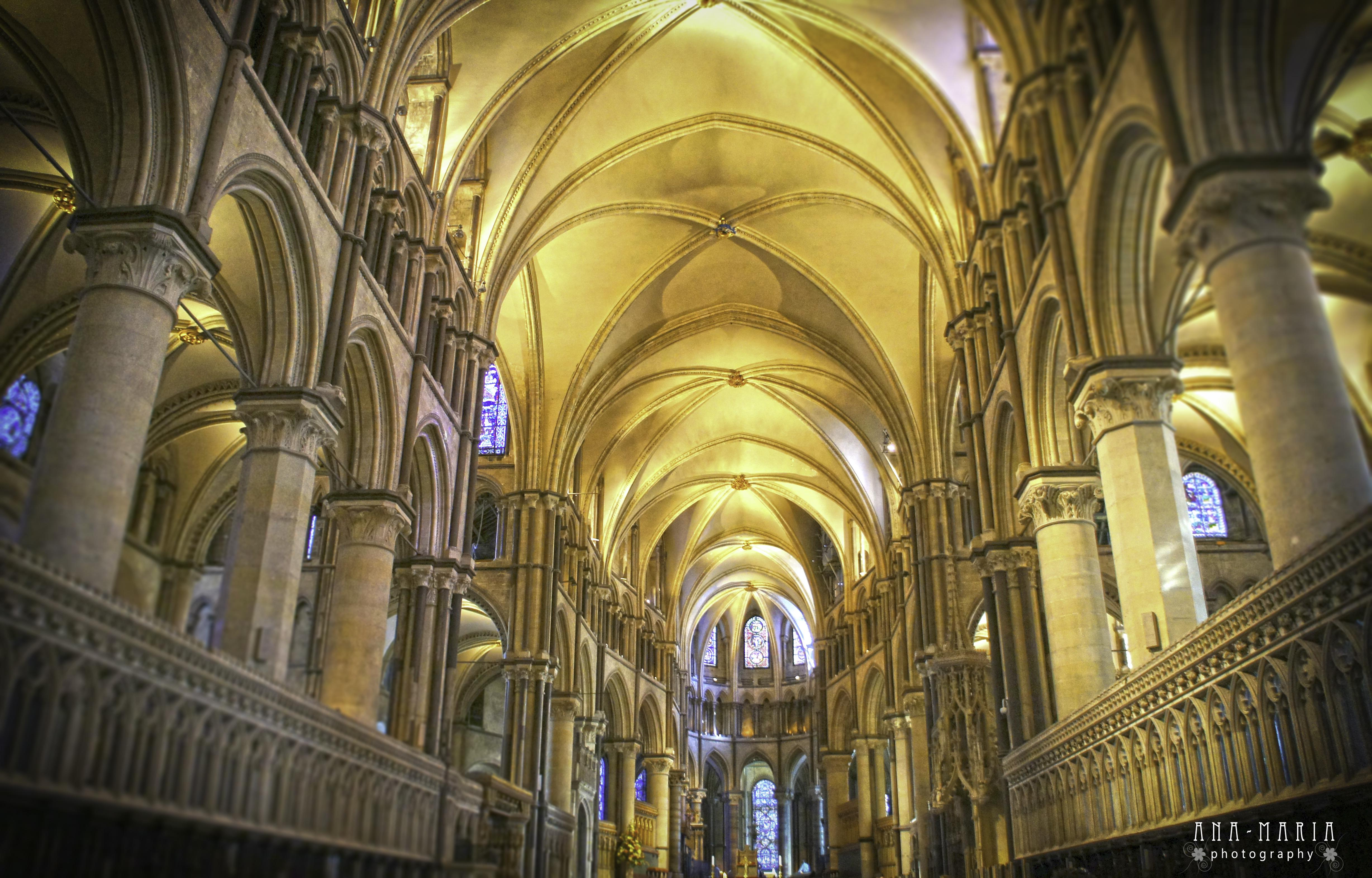 Inside Iphone X Wallpaper Inside Canterbury Cathedral 4k Ultra Hd Wallpaper