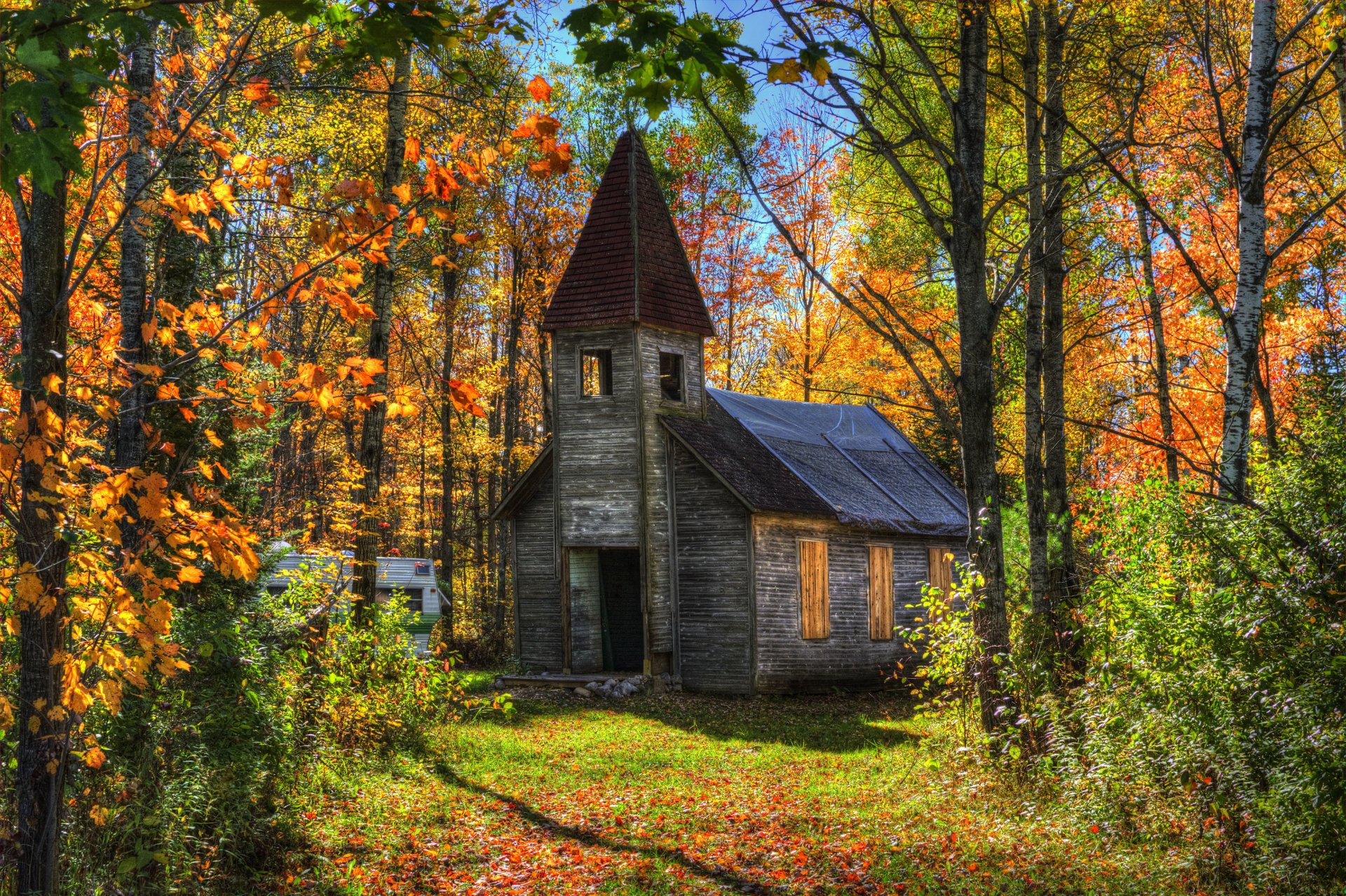 Late Fall Iphone Wallpaper Old Church In Autumn Forest Full Hd Wallpaper And