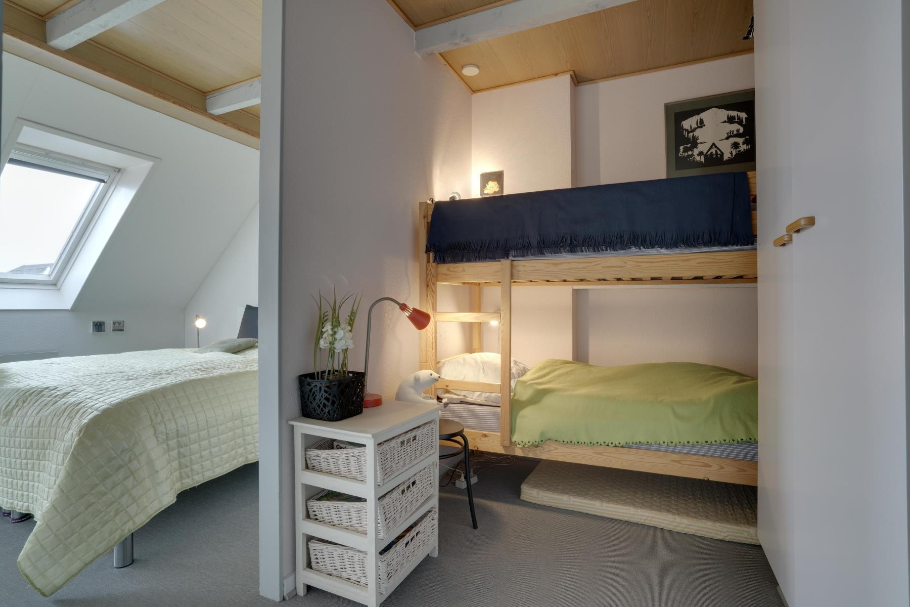 4 Persoons Bed 4 Persoons Vakantiehuis In Henne Strand Syd Nr Hs1009