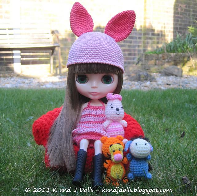 Ravelry Blythe Doll Piggy Dress and Hat pattern by Sayjai