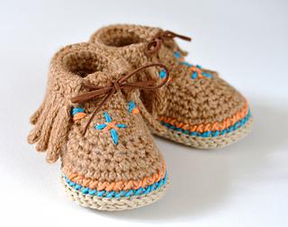 Ravelry Baby Moccasin Shoes Pattern By Caroline Brooke