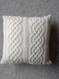 Ravelry Celtic Knit Aran Pillow Pattern By Glenna C