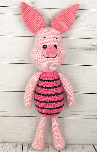 Ravelry Piglet the Pig pattern by Holly\u0027s Hobbies