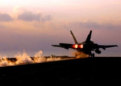 125 McDonnell Douglas F/A-18 Hornet HD Wallpapers   Background Images - Wallpaper Abyss