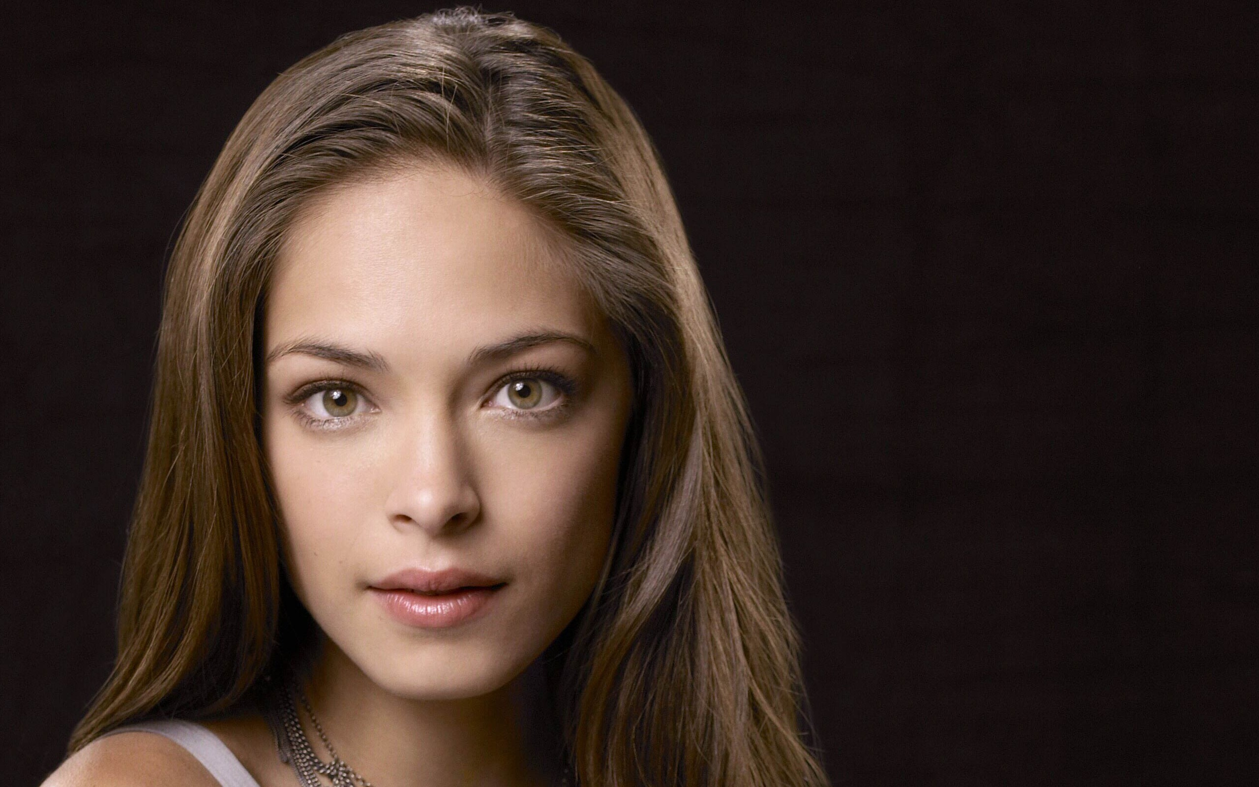 Full Hd Widescreen Wallpapers 1920x1080 Kristin Kreuk Full Hd Wallpaper And Background Image