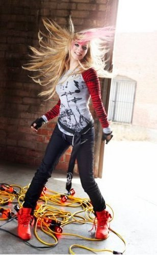 Cute Gif Wallpaper Avril Lavigne Images Unseen Abbey Dawn Photoshoots