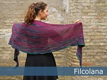 Olilia shawl pattern by Hanna Maciejewska, free pattern by Filcolana