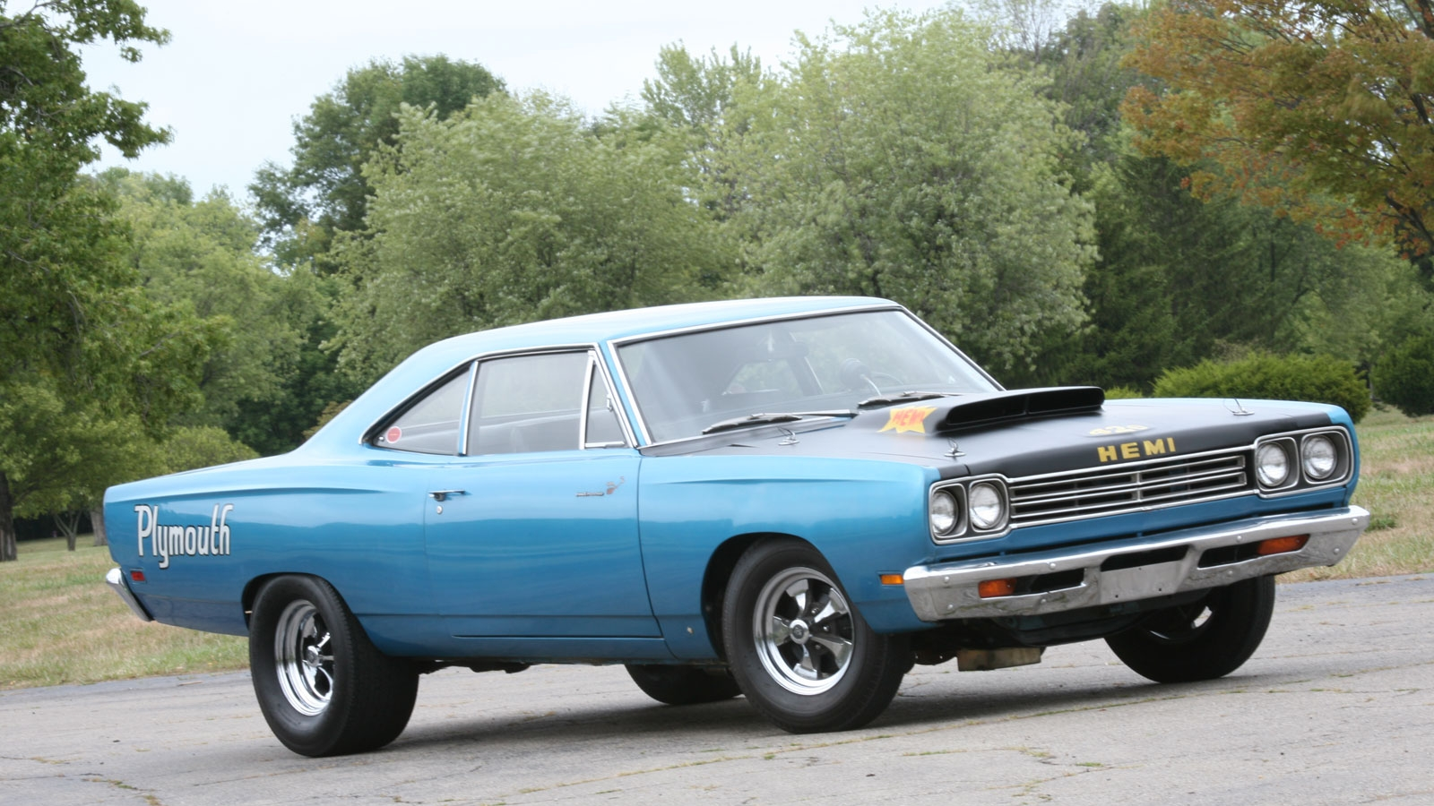 1080p Muscle Car Wallpaper 11 Plymouth Road Runner Hd Wallpapers Backgrounds