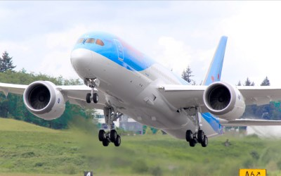 Thomson Airways Dreamliner Full HD Wallpaper and Background Image | 1920x1200 | ID:478064