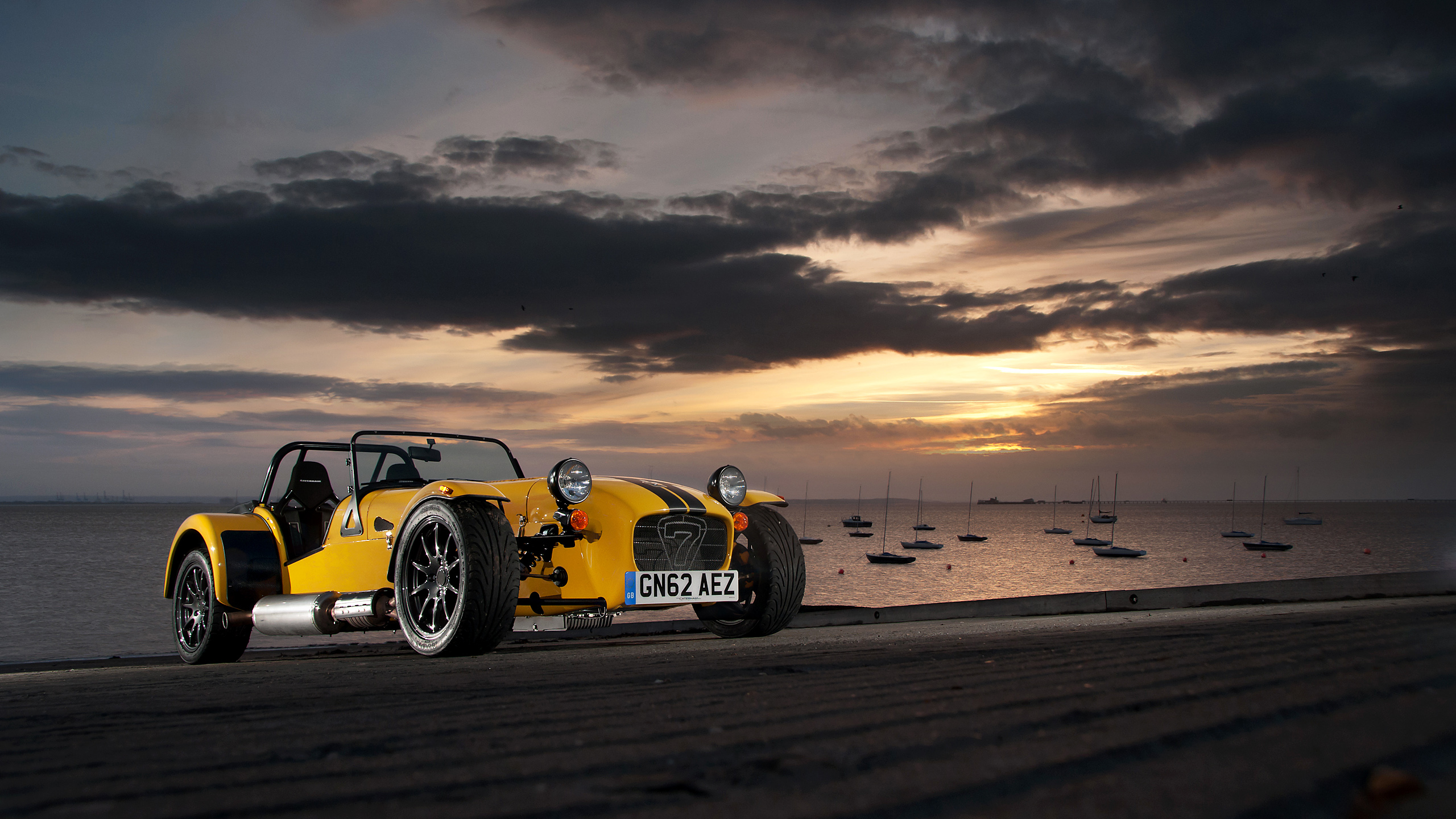 Super Cool Car Wallpapers 5 Caterham Supersport R Hd Wallpapers Background Images