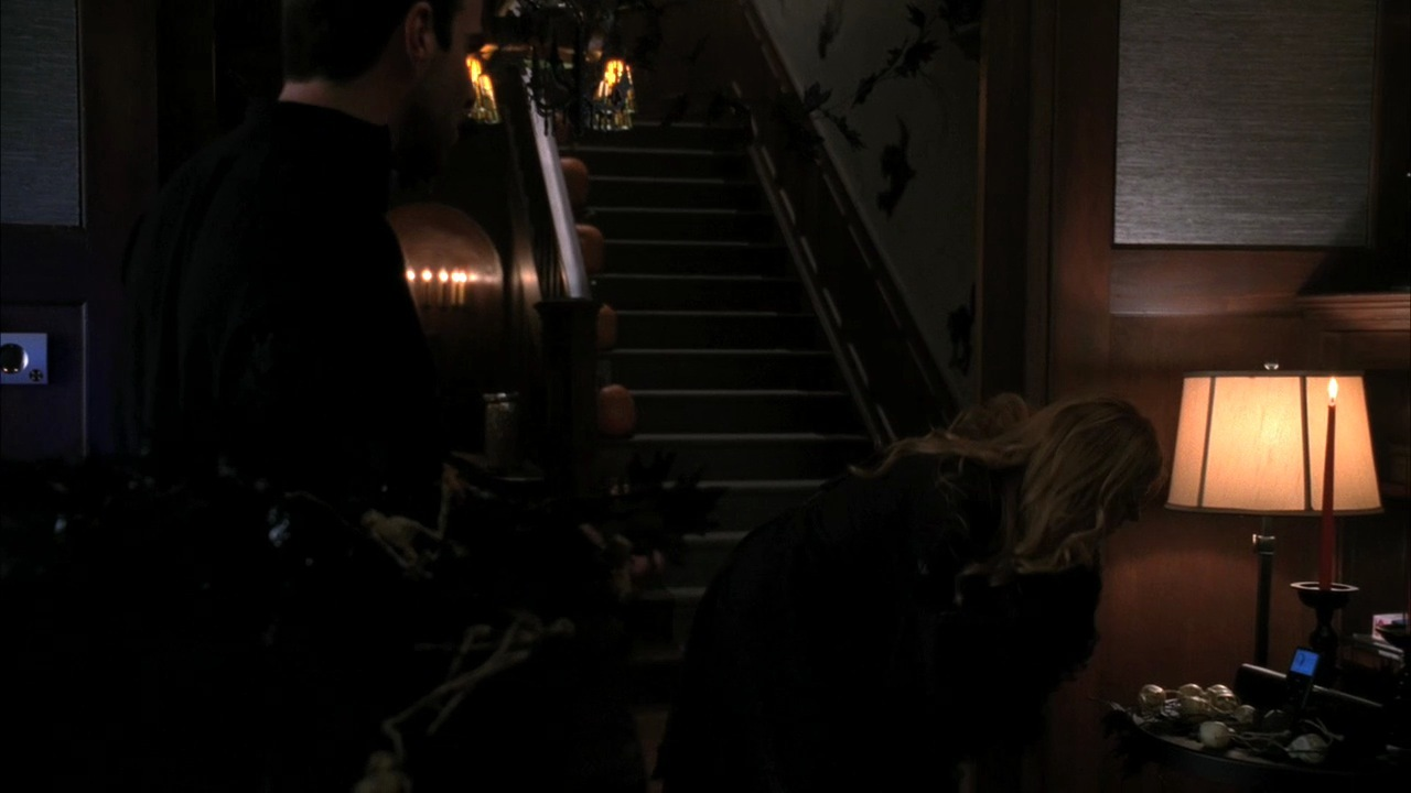 Horror Woonkamer 1x04 Halloween Part 1 American Horror Story Image 26387275