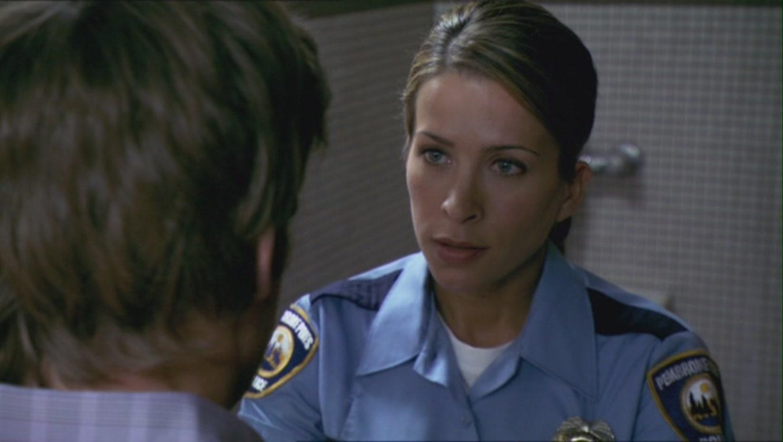 Hd Dexter Wallpaper Christina Cox Images Christina Cox As Officer Zoey Kruger