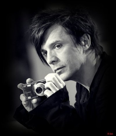 1000+ images about Nicola Sirkis on Pinterest | Brian molko, The band and Rock bands