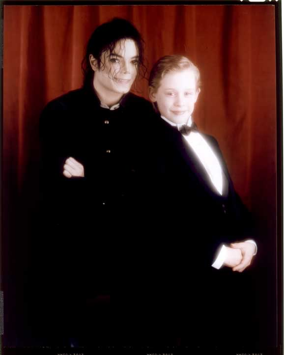 Godfather Hd Wallpaper Michael Jackson And Macaulay Culkin Images Michael Jackson