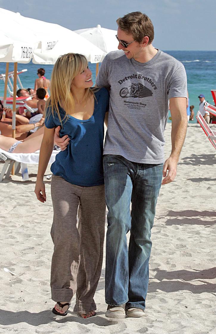 Jay Cutler Hd Wallpaper Dax Shepard Images Dax Shepard And Kristen Bell Hd