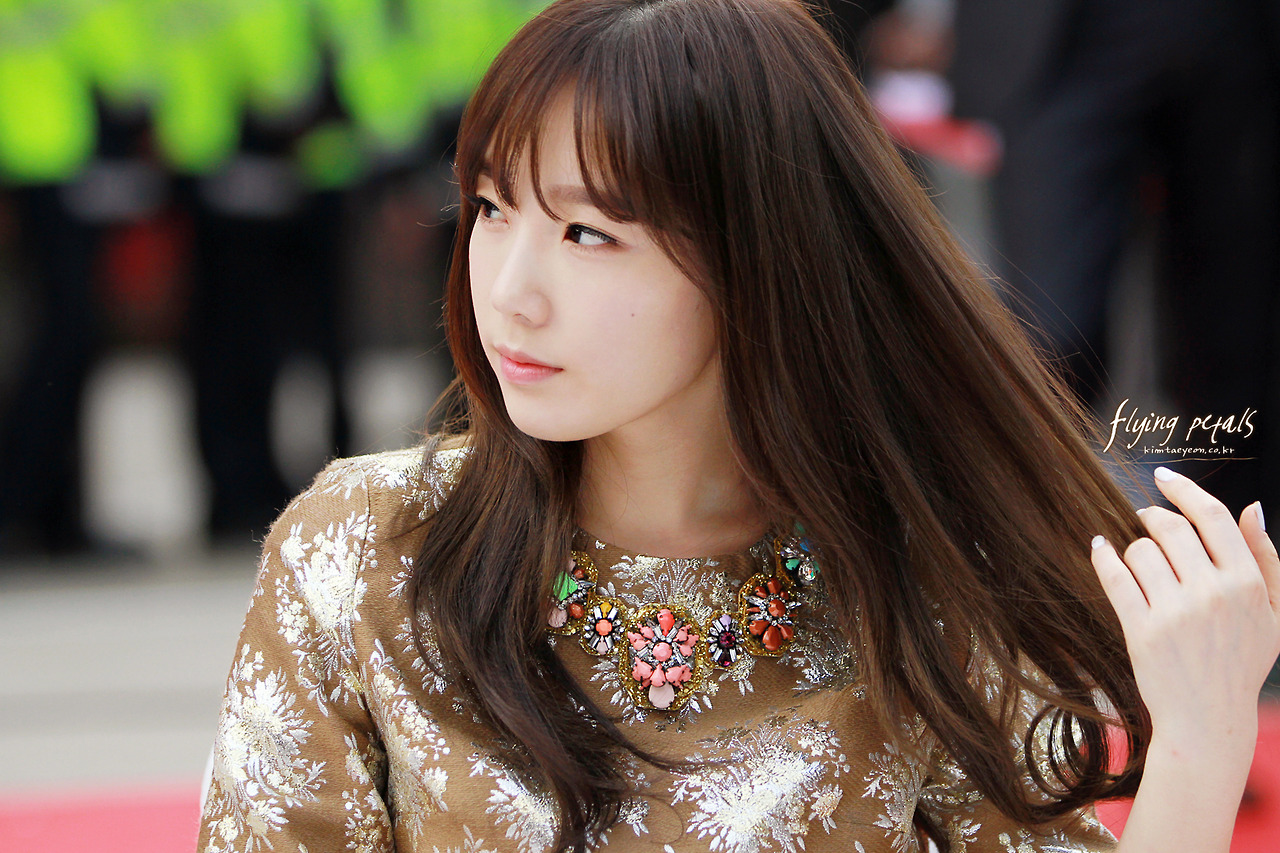 Stress Girl Wallpaper Taeyeon Expresses Her Desire To Spend Time Alone Reveals
