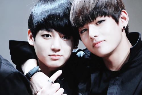 Love Cute Couple Wallpaper Download Kookie V So Cute Bts Photo 37745347 Fanpop