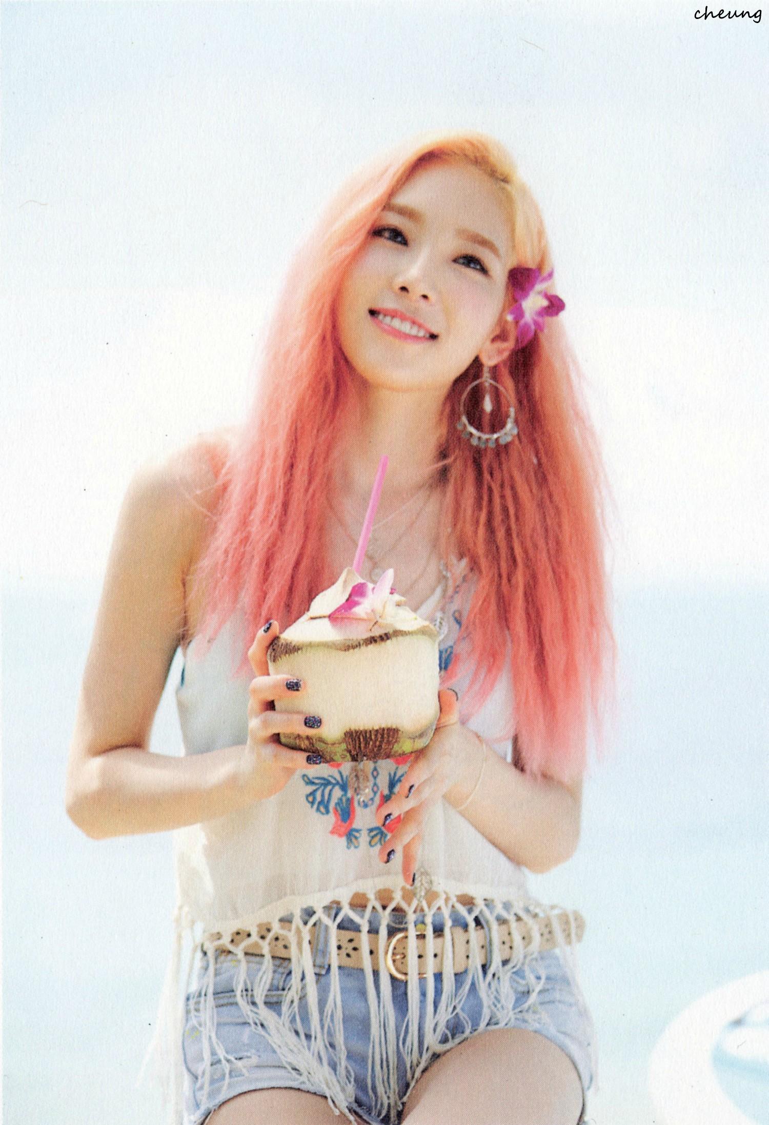 Girls Generation Tiffany Wallpaper Taeyeon Snsd Images Kim Taeyeon Party 2015 Hd Wallpaper