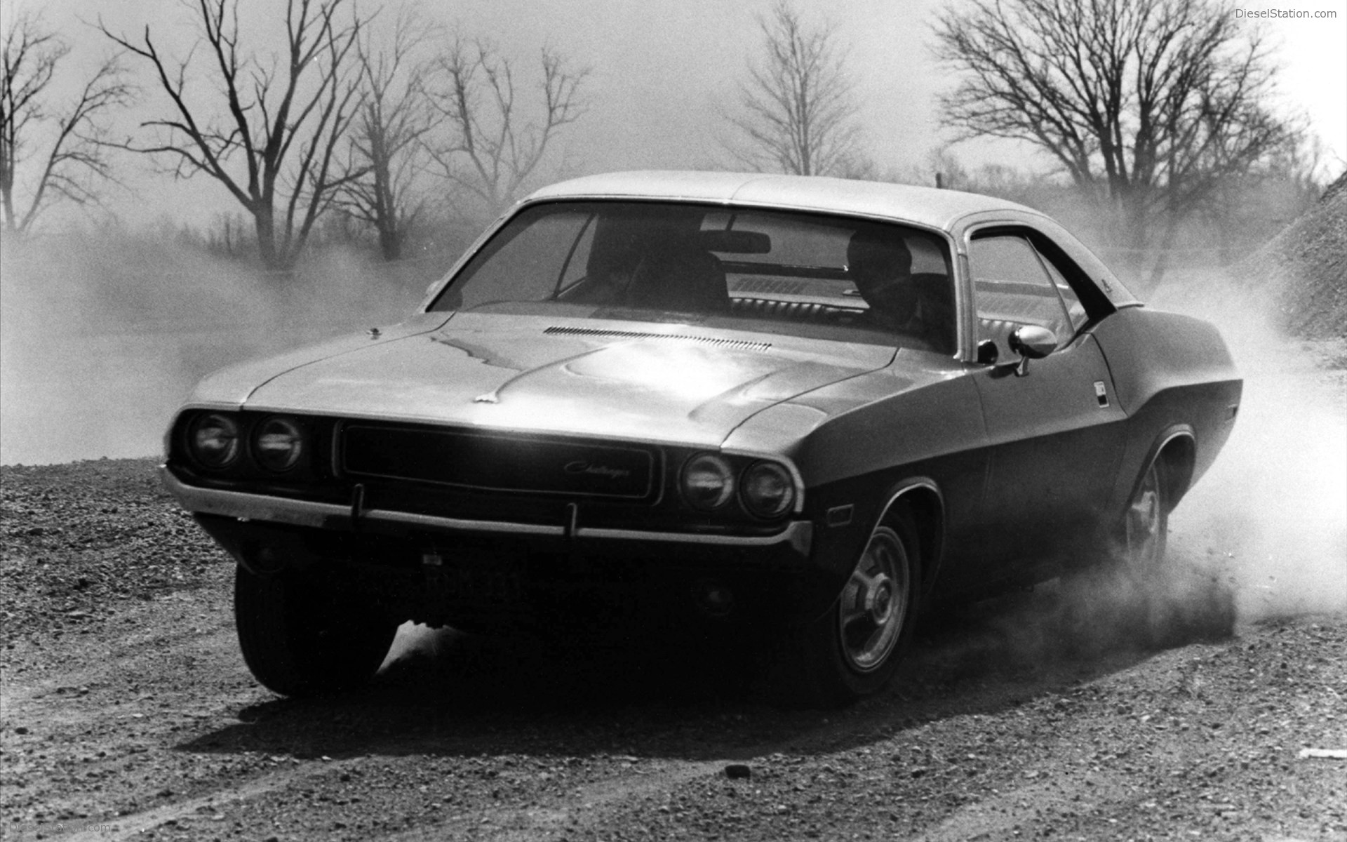Dodge Challenger 1970 Wallpaper 1970 Dodge Challenger Hd Wallpaper Background Image 1920x1200