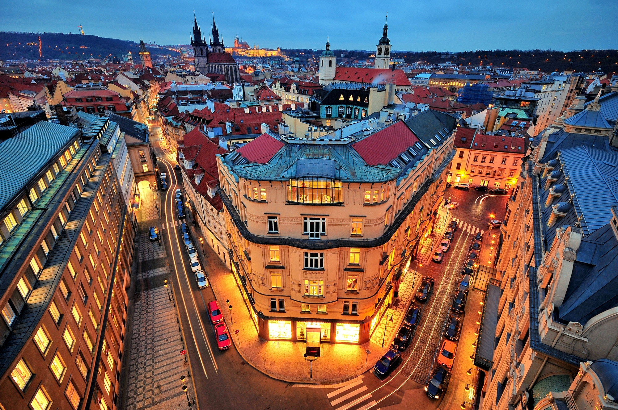 Old Iphone Wallpapers Prague Hd Wallpaper Background Image 2000x1328 Id