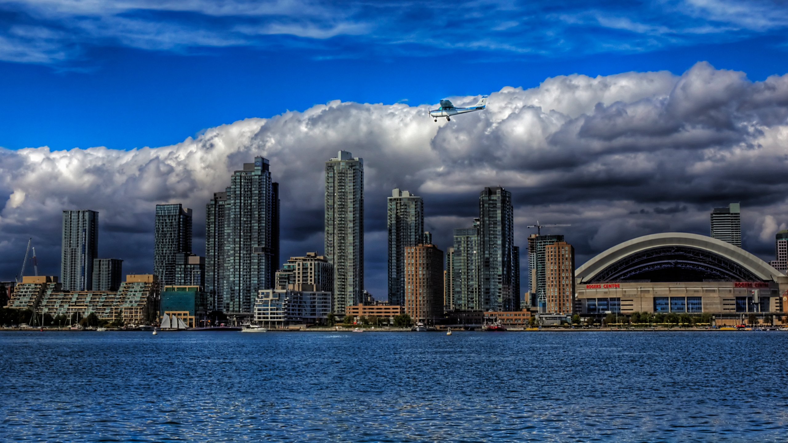 4k Hdr Wallpaper Iphone X Plane Landing On Toronto Island Full Hd Wallpaper And