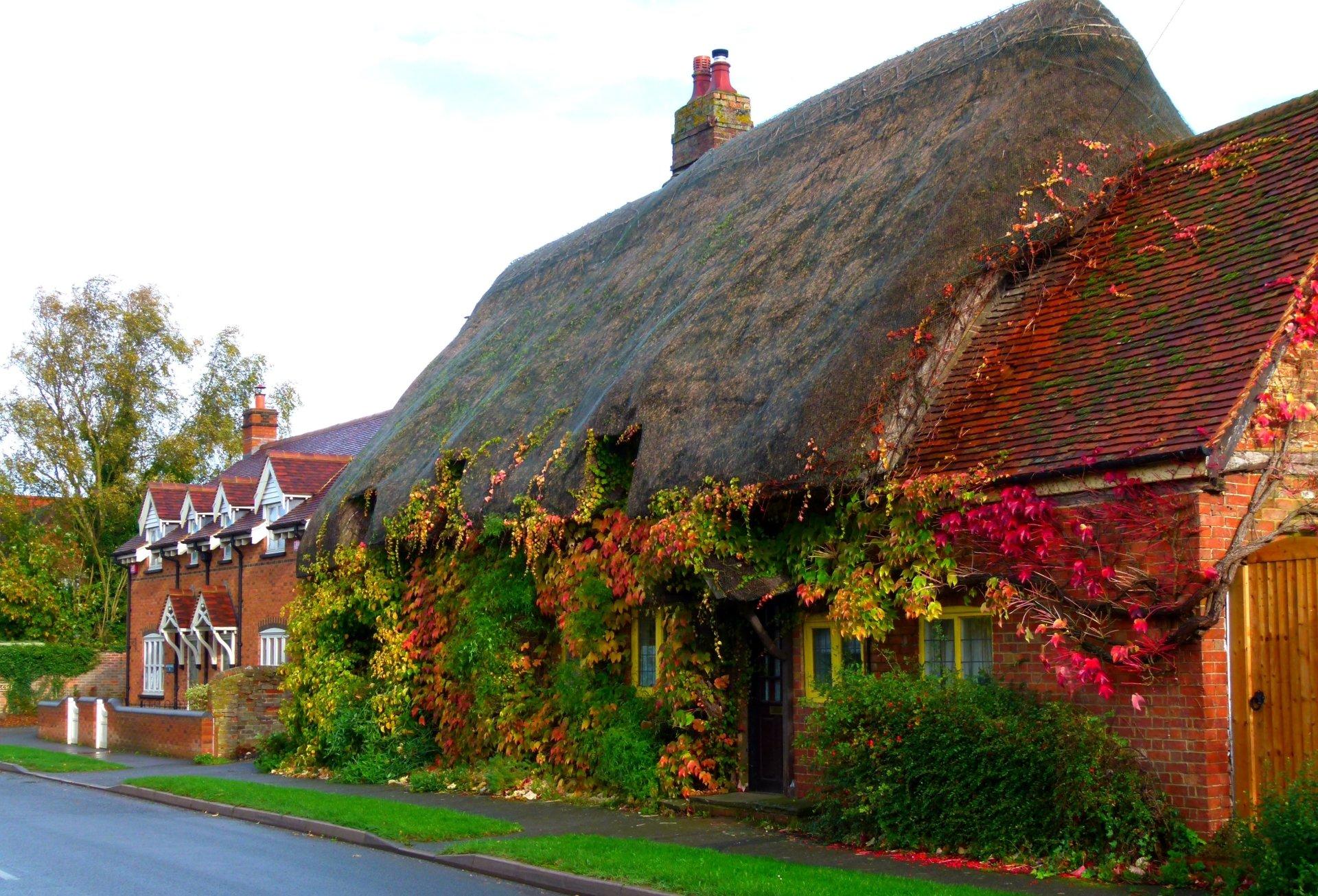 Bing Hd Wallpaper Fall House In England 4k Ultra Hd Wallpaper Background Image