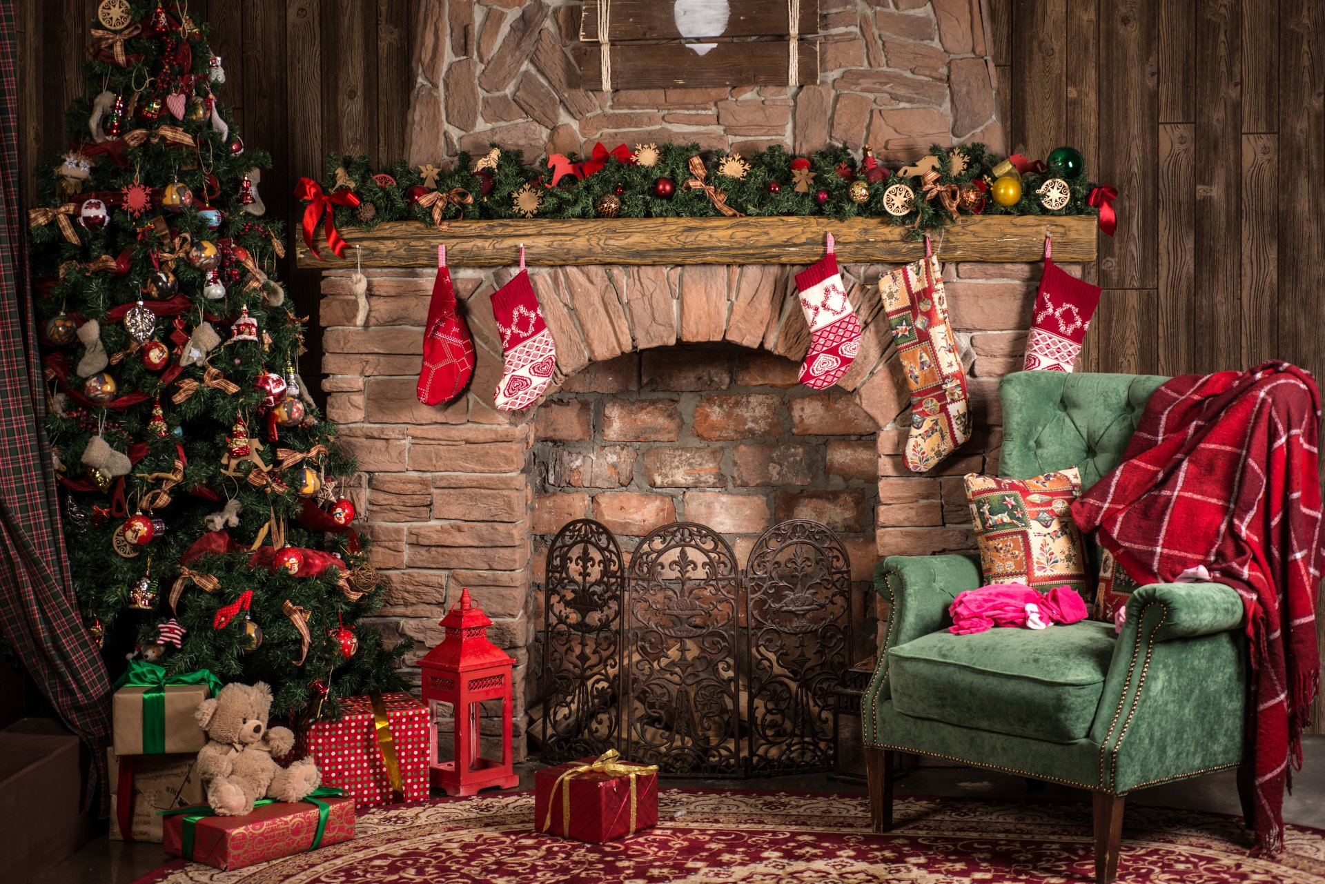 Home For Christmas 8k Ultra Hd Wallpaper Background