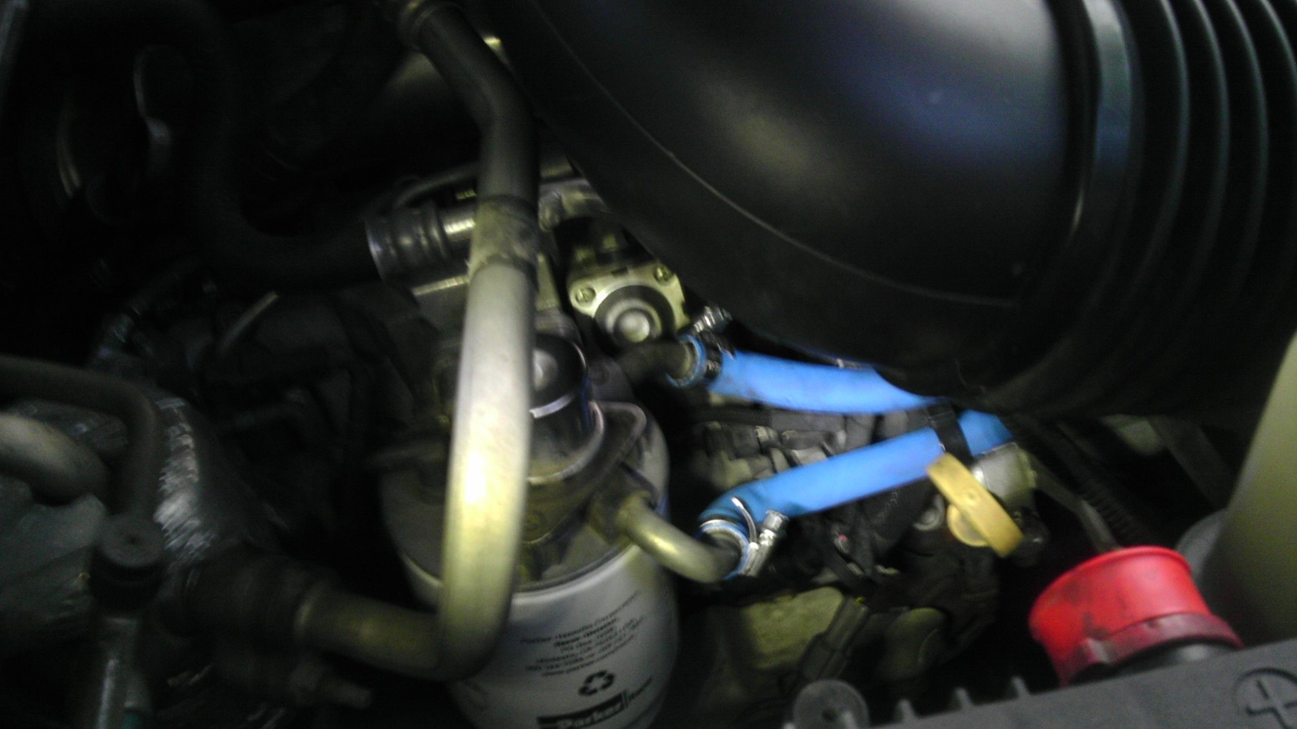 2002 duramax fuel filter location