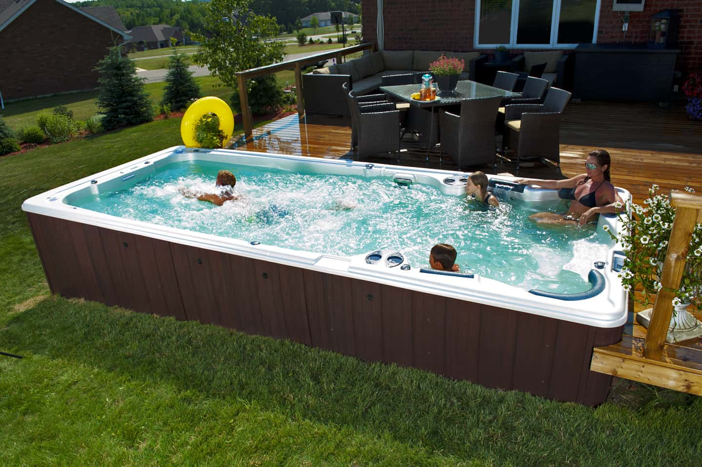 Jacuzzi In Pool Are Swim Spas Swimming Pools