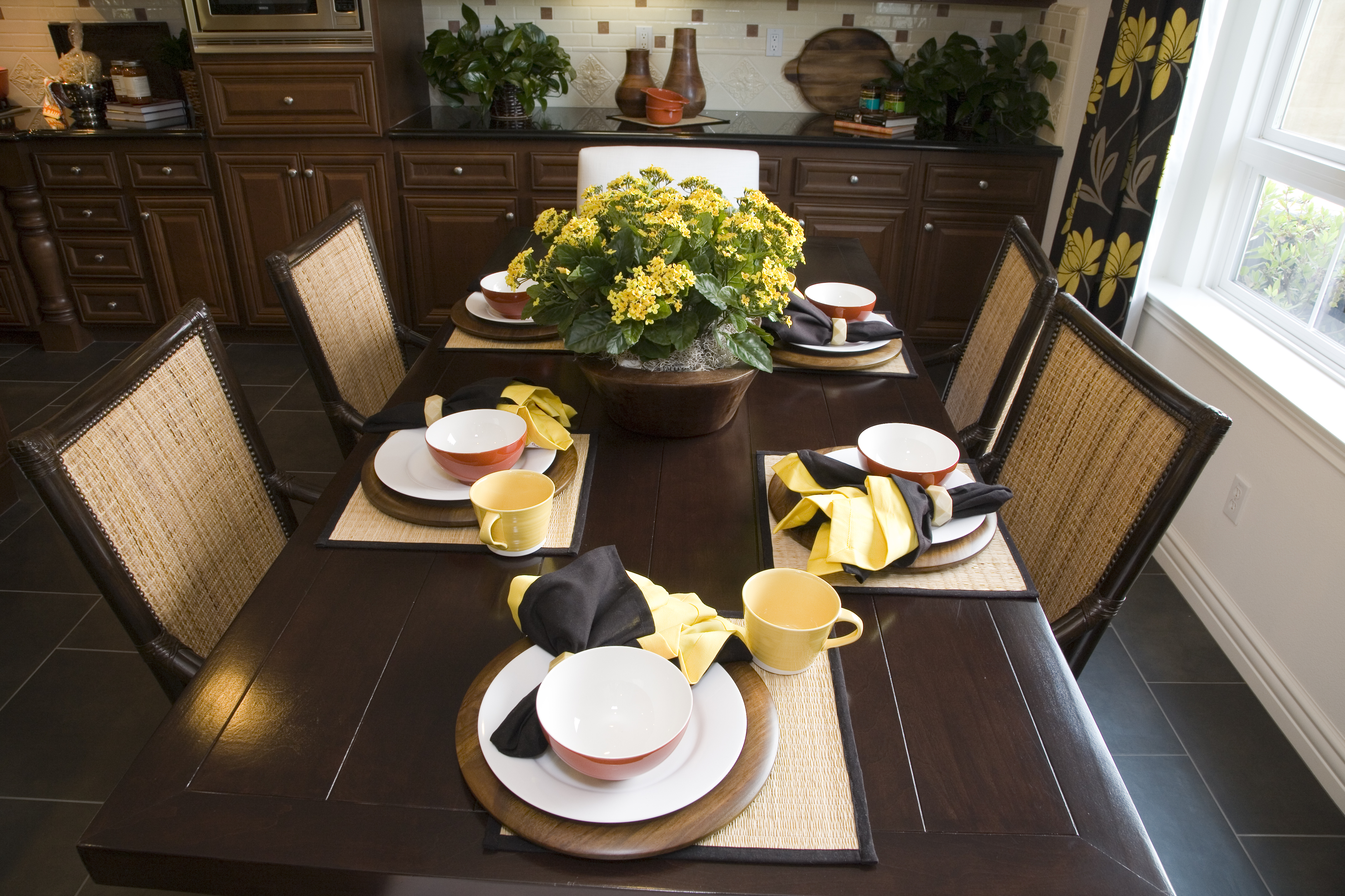 Decorate your dinning room imagine your homes