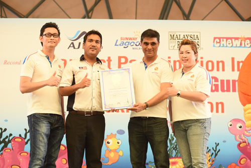 Chewies Malaysia Book of Records