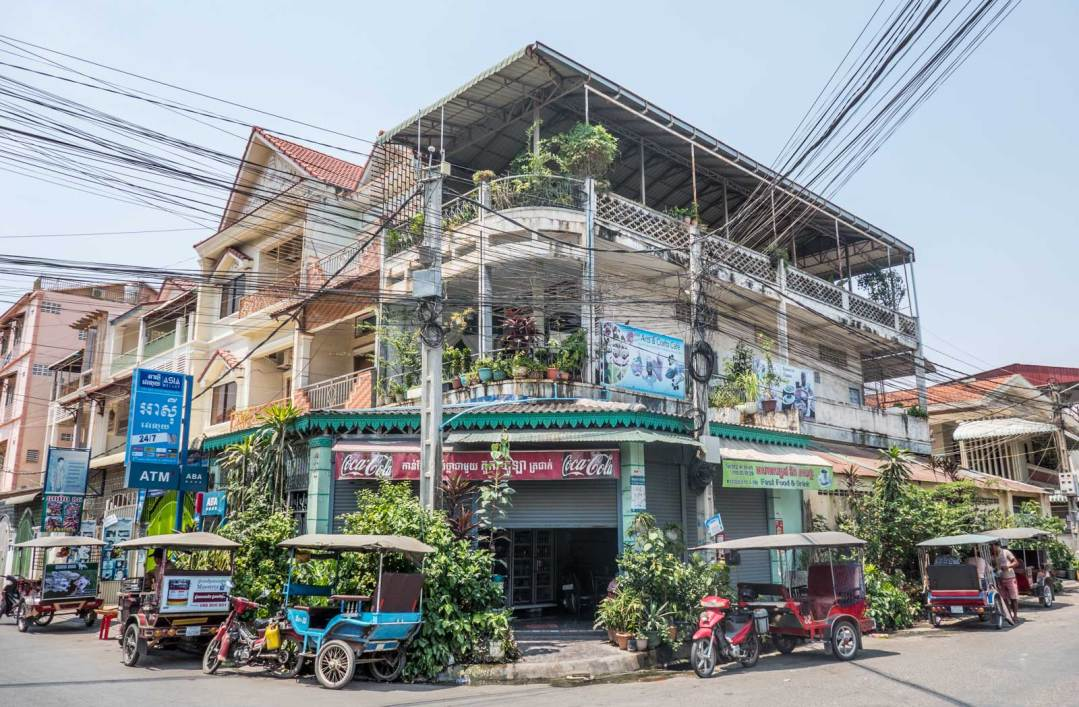 Phnom-Penh-across-Tuol-Sleng-Genocide-Museum-1600x1048