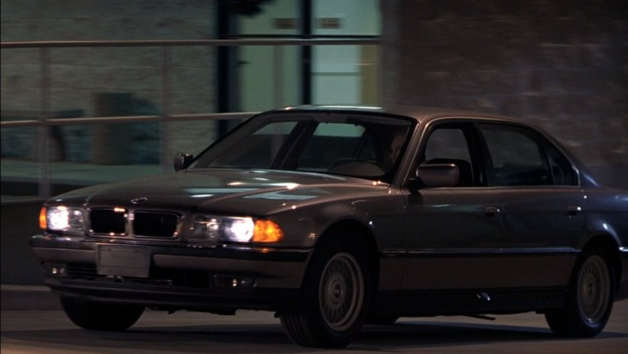 "Haunted Movie Imcdb.org: 1995 Bmw 740il [e38] In ""bad Santa, 2003"""