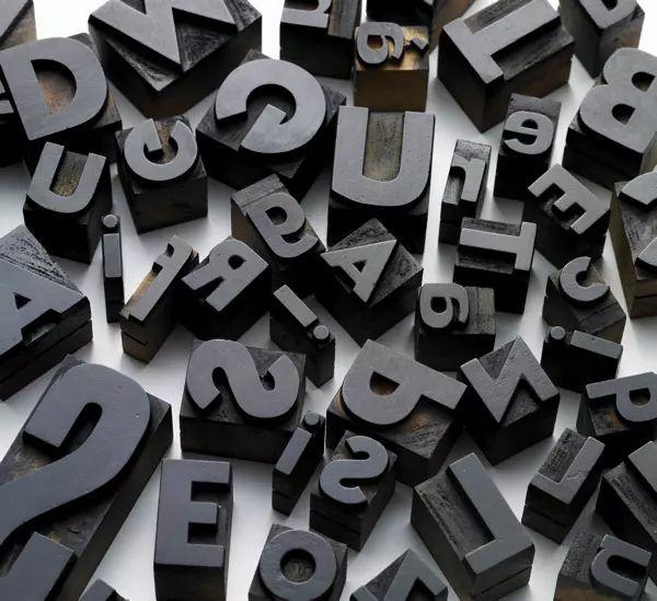polices d'ecriture modernes cv