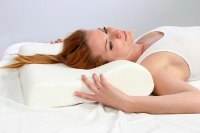The Best Pillows for Stopping Wrinkles (with Pictures)   eHow