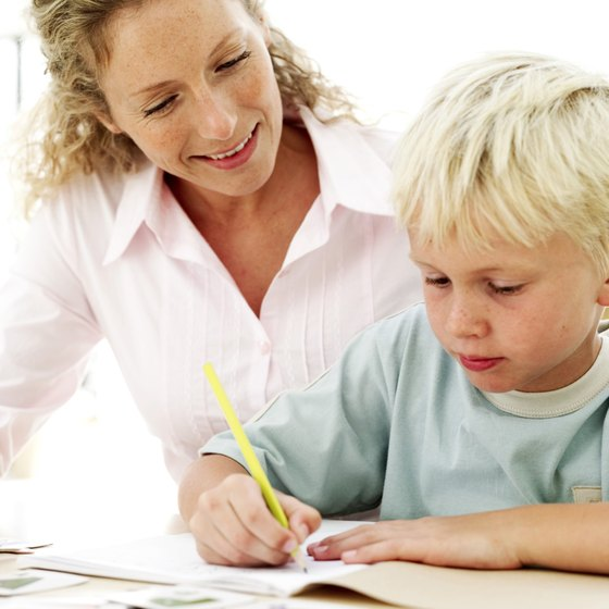 How to Write a Flyer for Tutoring Your Business