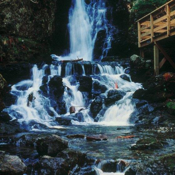 Niagara Falls Full Hd Wallpaper The Biggest Waterfalls In New Brunswick Canada Getaway Usa